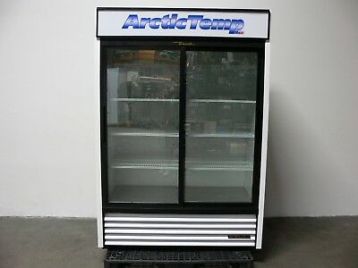True Gdm-47-ld Sliding Glass Door Display Merchandiser Refrigerator- Mfg 2015