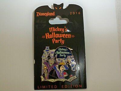 Disney  DLR Mickey's Halloween Party 2016 Villains Evil Queen               - Mickey's Halloween Party Villains