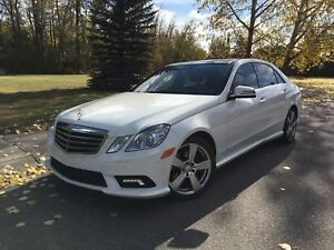 2010 MERCEDES-BENZ E350 4MATIC, LOW KM!!SPORT PACK!