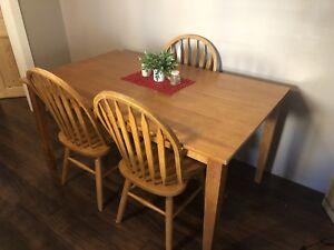 Dinning Room Table and 3 Chairs