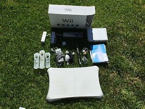 Nintendo Wii Console Bundle Athelstone Campbelltown Area Preview