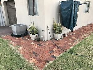 Recycled classic vintage red brick clay pavers Dianella Stirling Area Preview