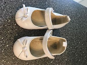 Size 6 flower girl shoes