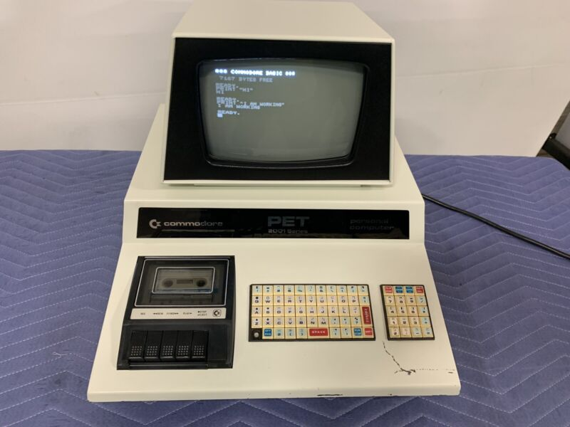 Commodore Pet 2001 Series Personal Computer 2001-8 - WORKS GREAT!