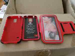 Samsung S5 phone cover and arm band Tighes Hill Newcastle Area Preview