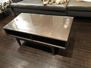Beautiful Wood Coffee Table with optional Glass Top