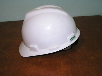 Msa V-gard Full Brim Hard Hat With 1-touch Fas-trac Ratchet Suspension White M