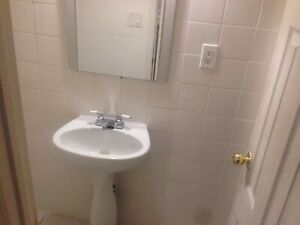 Room for sharing basis for $350