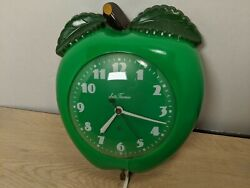 Vintage Seth Thomas Green Apple Clock Works Great Nice