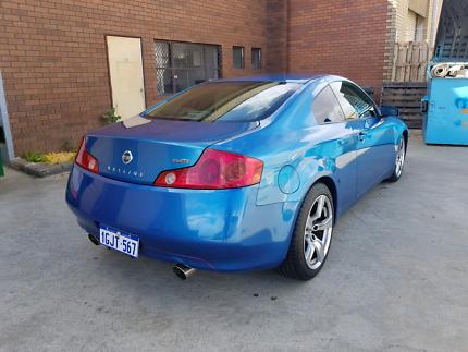 V35 Skyline Nissan