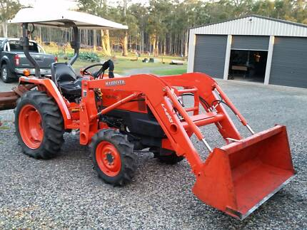 Kubota L3400 Tractor Swan Bay 2324 Port Stephens Area Preview