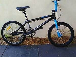 MONGOOSE BMX BIKE . Lynwood Canning Area Preview