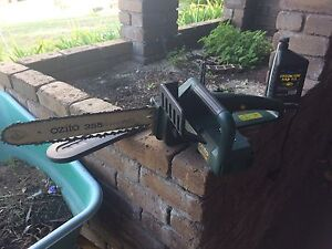Electric Chainsaw Duncraig Joondalup Area Preview