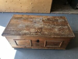 Pine chest- Canadiana- coffee table/ storage