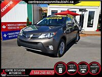 Toyota RAV4 XLE AWD/4WD/4X4 HITCH + FILAGE TOIT OUVRANT FOGS MAG Laval / North Shore Greater Montréal Preview