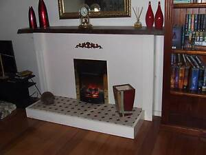 Dimplex simulated log fire heater Kilsyth Yarra Ranges Preview