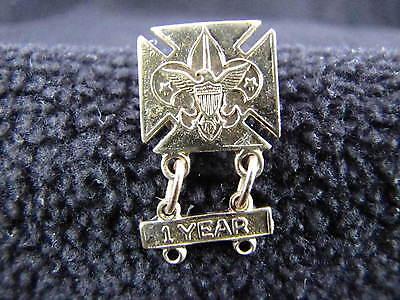 Vintage Gold Design BSA BOY SCOUTS Fleur De Lis 1 Year Attendance Brooch Pin (Bsa Fleur De Lis)