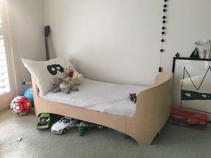 Leander Baby Cot    &     Leander Baby Change Table