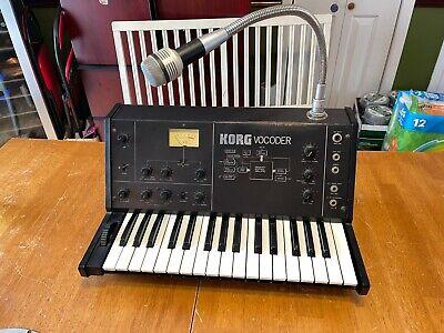 Old School Dj Tragetasche Analog Mit Synthesizer
