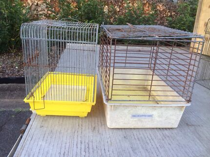 Pet carrier / bird cage  Carina Heights Brisbane South East Preview