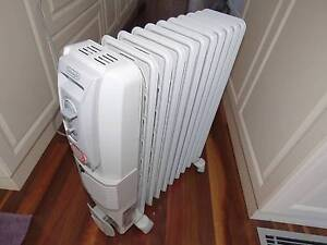 DeLonghi Oil Column Heater 2400w with fan, timer Excellent Condit Coogee Eastern Suburbs Preview
