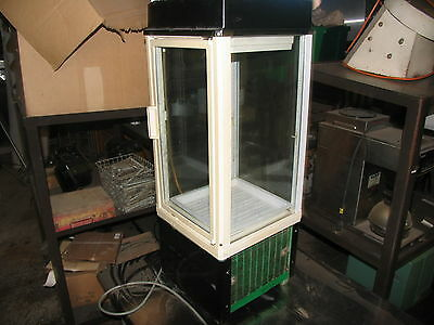 Glass Door Pie Cooler