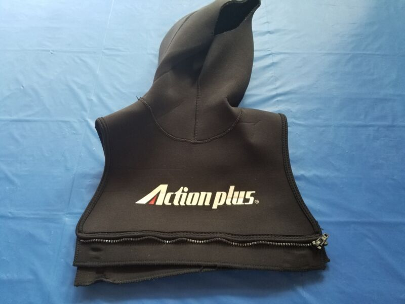 Action Plus Dive Hood with BIB size XL