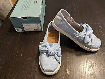 NIB Tiny Toms Classic Light Bliss Blue Speckled Chambray Dots/Bow Toddler 11
