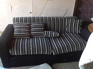 Sofa for free Sadleir Liverpool Area Preview