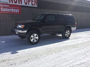 WANTED: 1996-2002 Toyota 4Runner drivers side Fender