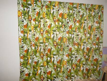 CURTAINS JUNGLE PRINT, 203CM HIGH X 210CM WIDE