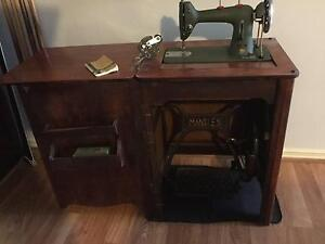 Husqvarna  Tred mill sewing machine Ocean Reef Joondalup Area Preview
