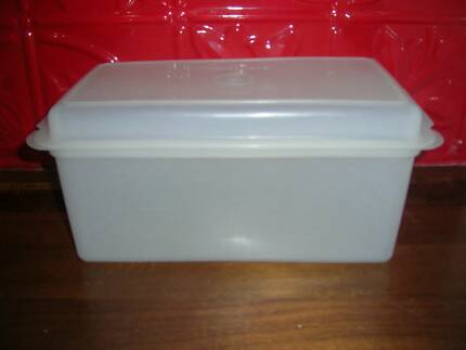 Tupperware Vintage Bread container $5 & tupperware bread   Gumtree Australia Free Local Classifieds Aboutintivar.Com