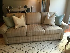 MORAN Classic Baxter 3 Seat Sofa Lounge Very Good Condition Glen Iris Boroondara Area Preview