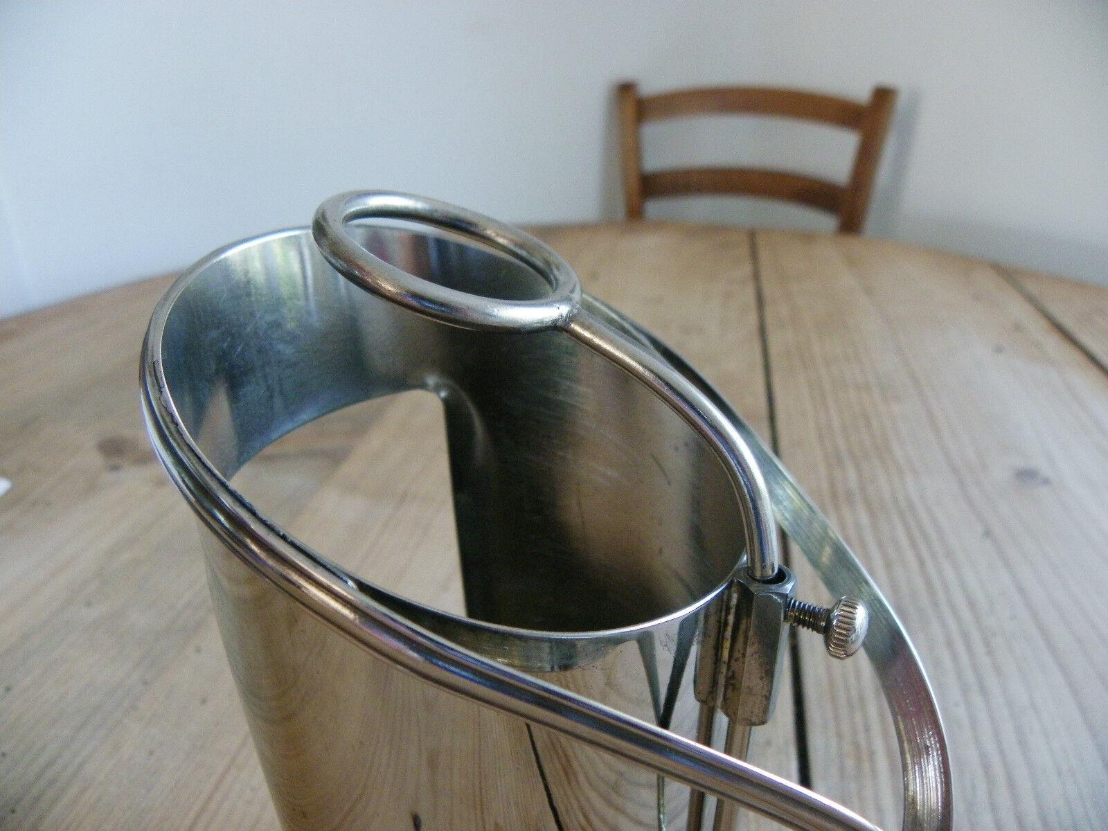 Porte bouteille a service en metal argente reglable for Porte 6 bouteilles metal