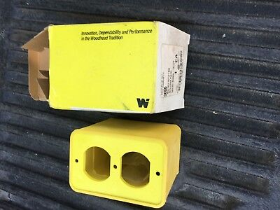Daniel Woodhead 3000 New Neotex Multiple Outlet Box With Cover Plates 3000 W-1