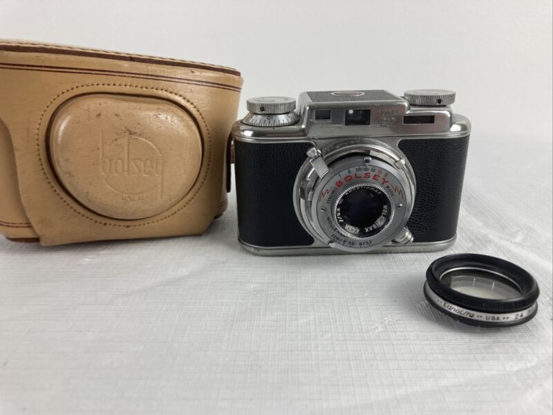 Bolsey Model B2 35mm Film Rangefinder Camera w/ Wollensak 44mm f3.2 Lens W/ Case