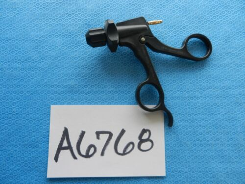 V Mueller Surgical Articulating Carbon Fiber Handle With Cautery F256.99800