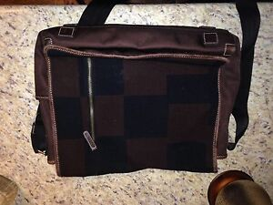 Laptop carry bag - flannel and leather material