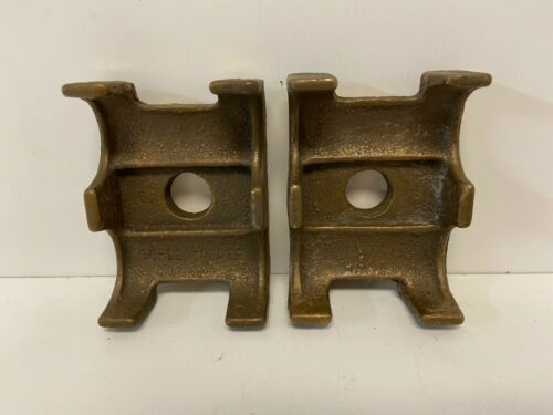 SET OF 2 NEW OLD STOCK SQUARE D MECHANICAL LUGS 51020-081-01 PLATE RESISTOR LUGS