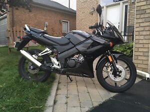2008 Honda CBR 125B motorcycle