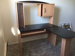 Moving out Computer table for sale for 40$ and free chair