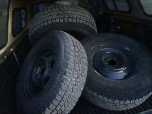 215/70/15 rims and tires off 2000 Dodge Dakota