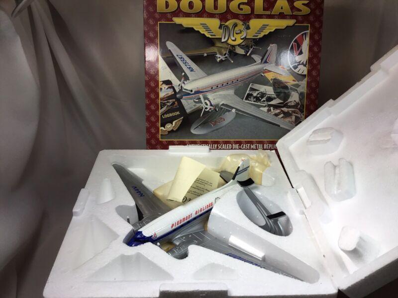 Ertl 1995Collectibles PIEDMONT AIRLINES  Douglas DC-3 Diecast Model Airplane NIB