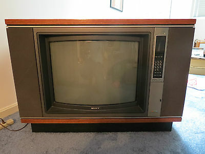"Vintage ""Poltergeist"" Movie, Large Classic 26"" Sony Trinitron TV Model KV-2645RS"