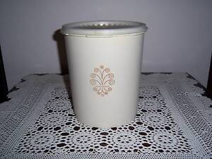Retro Vintage Tupperware Canister Container Press Seal Beige East Cannington Canning Area Preview
