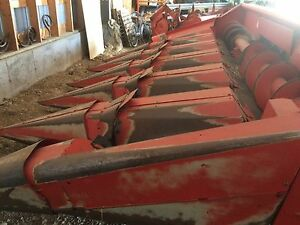 Massey 6 row corn head