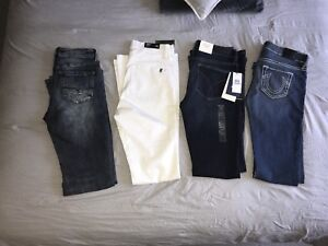 Woman's jeans ( size 27-28 ) *flare styled*