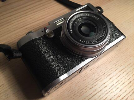 Fujifilm x100t digital camera silver