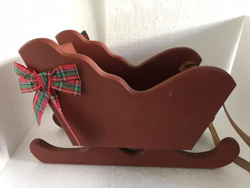 """Vintage Hand crafted wood Christmas sleigh red 15""""x9""""x7"""" Carmel Wood Products"""